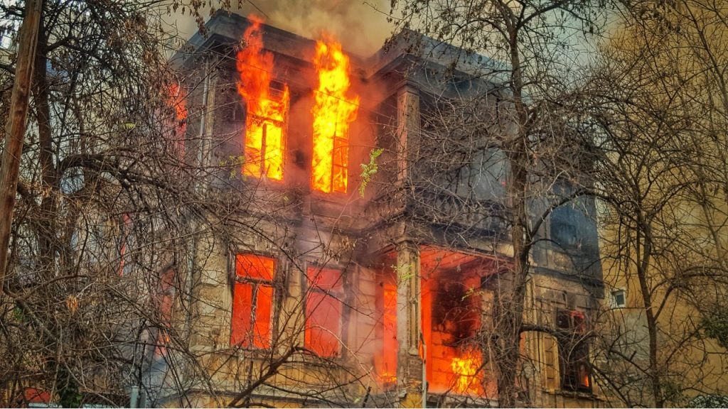 How Restoration 1 Can Help You When It Comes To Fire Damage